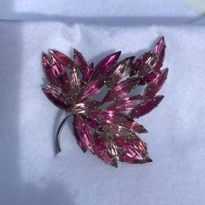 Vintage Lisner Pink Leaf Spray Pin /  Brooch  J2